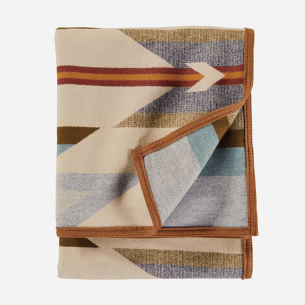 Pendleton Pendleton | Twin Jacquard Blanket | Wyeth Trail