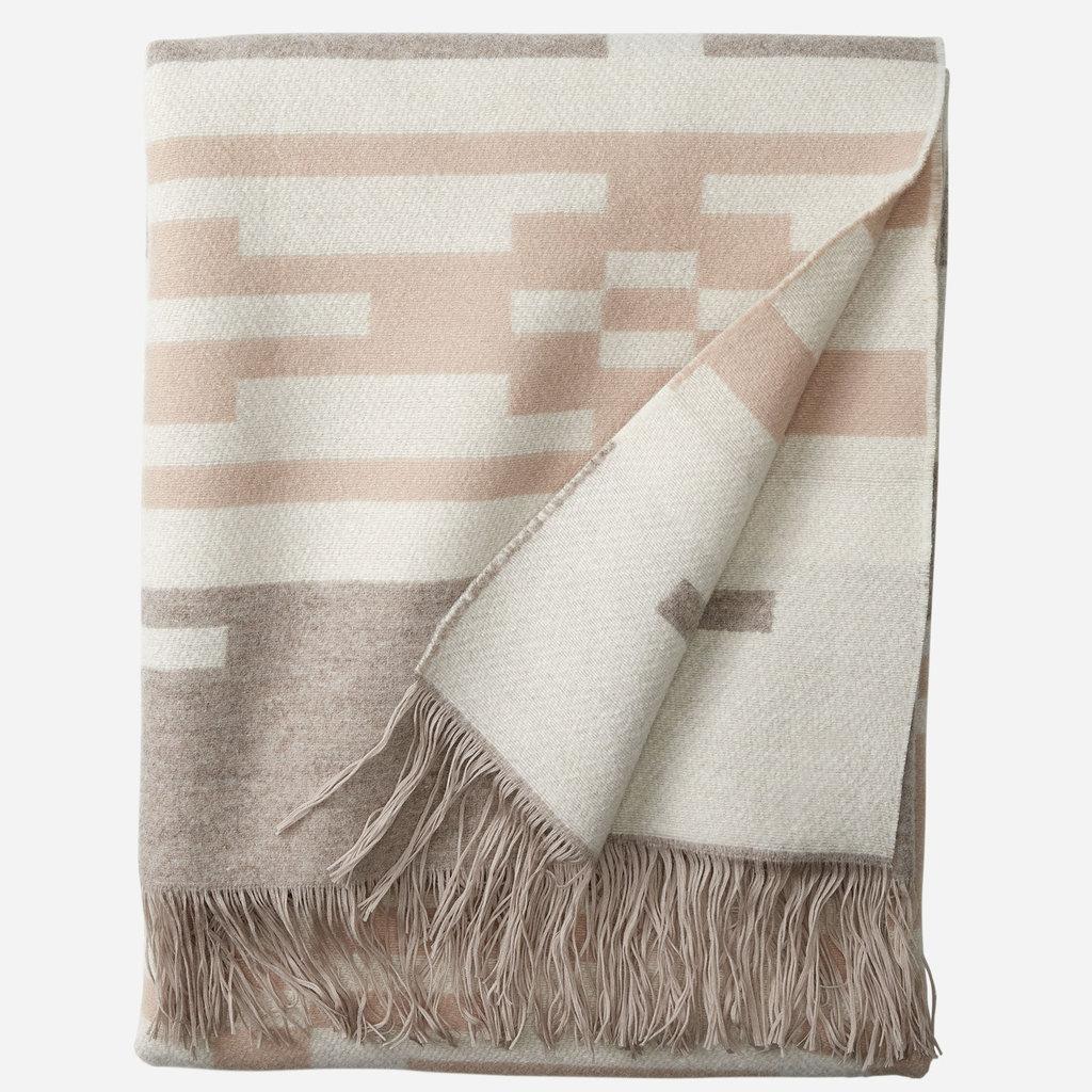 Pendleton Pendleton | Jacquard Fringed Throw Blanket | Sandhills