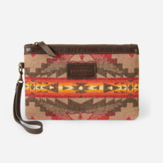 Pendleton Pendleton | Wristlet Wallet in Sierra Ridge - Tan