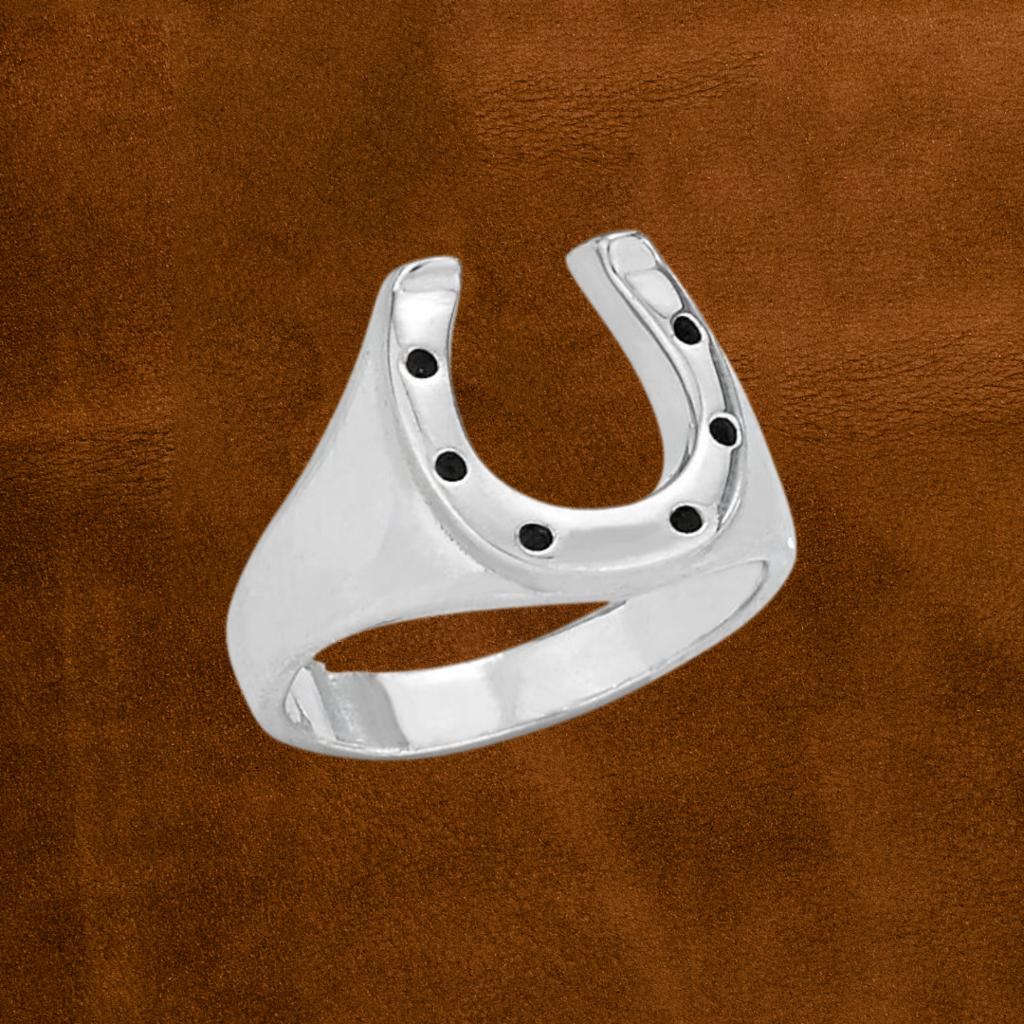 Horseshoe Ring | Size 7, 8, 9