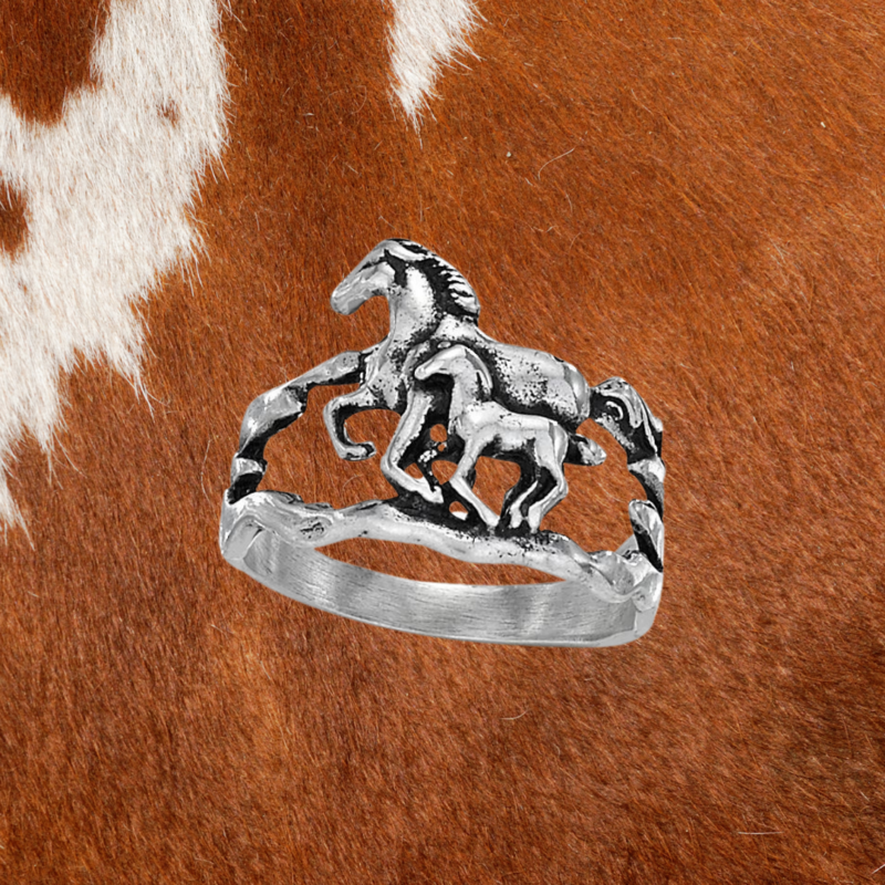 Horse Ring   Size 7, 8, 9
