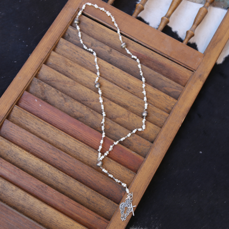 3 Angels   Pearls with Lock Pendant