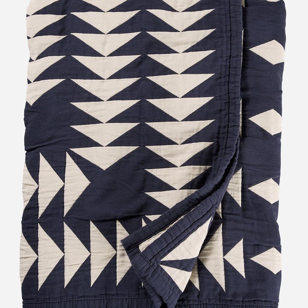Pendleton Pendleton   Organic Cotton Matelasse Queen Blanket in Midnight Nova