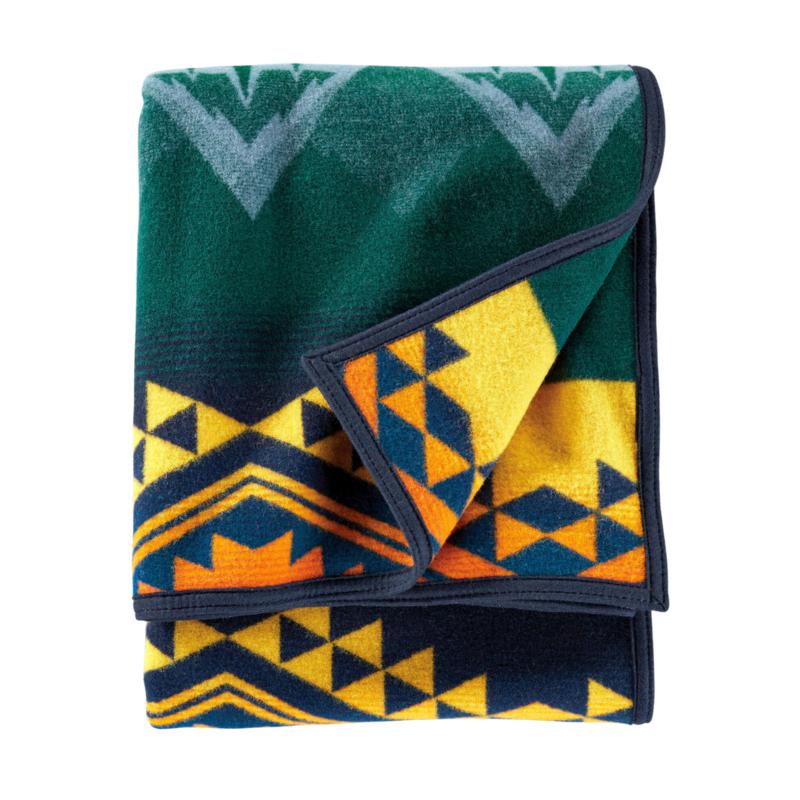 Pendleton Jacquard Napped Robe | Twin | Wildland Heroes