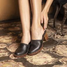 Tulle and Batiste Tulle and Batiste   Senorita Clogs   Vintage Black