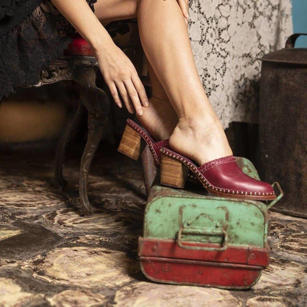 Tulle and Batiste Tulle and Batiste | Senorita Clogs | Crimson Red