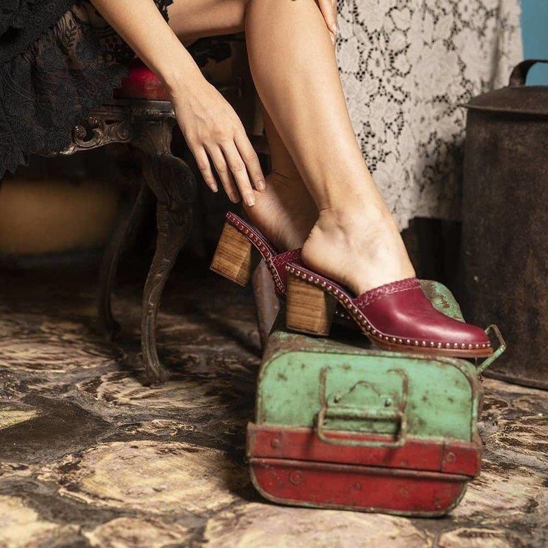 Tulle and Batiste Senorita Clogs | Crimson Red