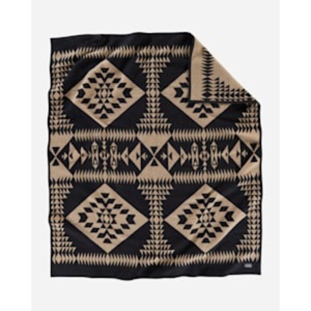 Pendleton Pendleton   Jacquard Napped Blanket   Basket Maker