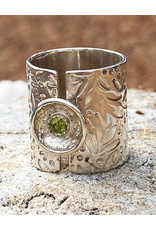 Jennifer Lamprey Floral Peridot Ring - Size 8.75 - Jennifer Lamprey