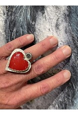 Annette Colby - Jeweler Rosarita Heart Ring with Flower, Size 6.5 - Annette Colby