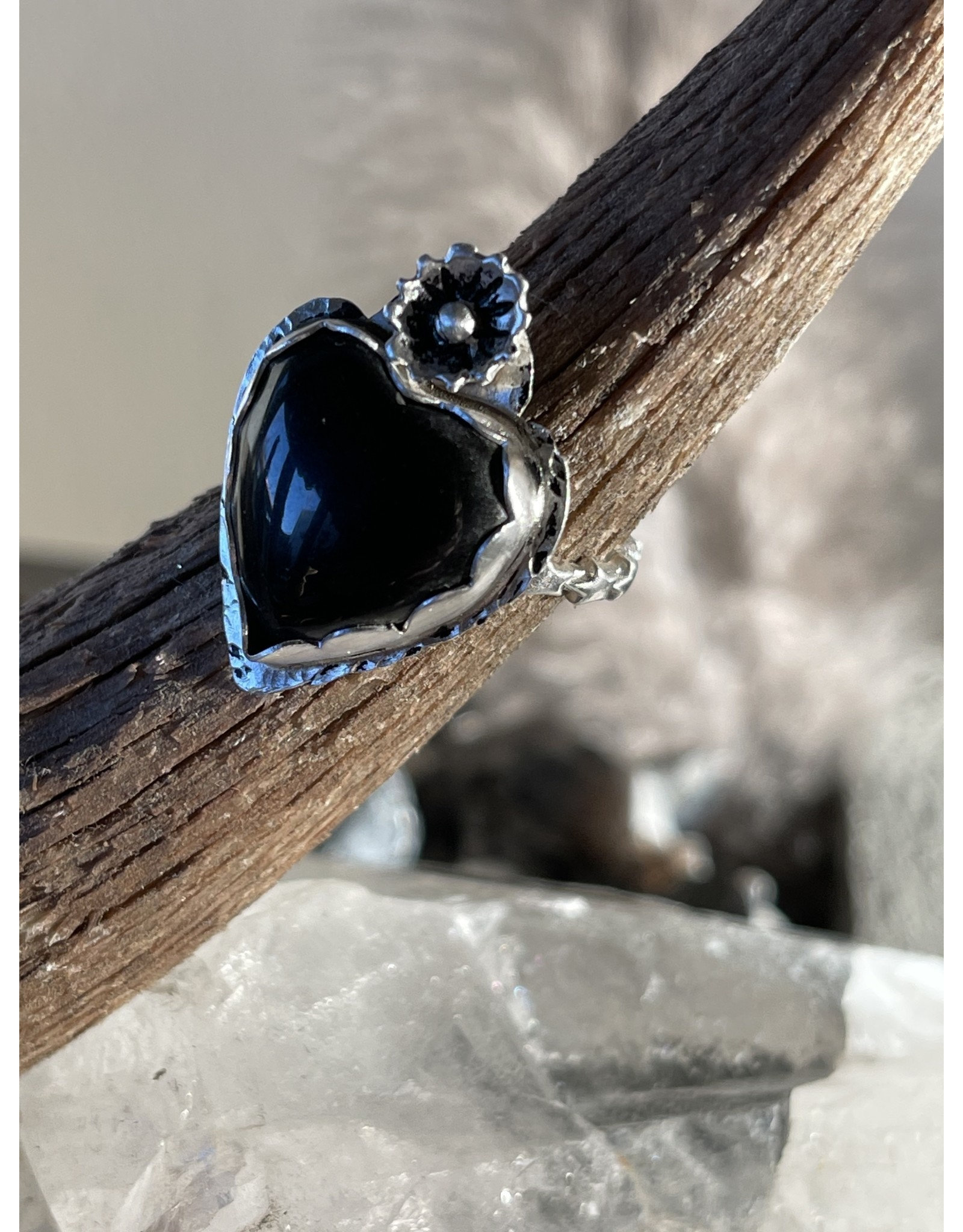 Annette Colby - Jeweler Black Onyx Heart Ring with Flower Size 6.75 by Annette Colby