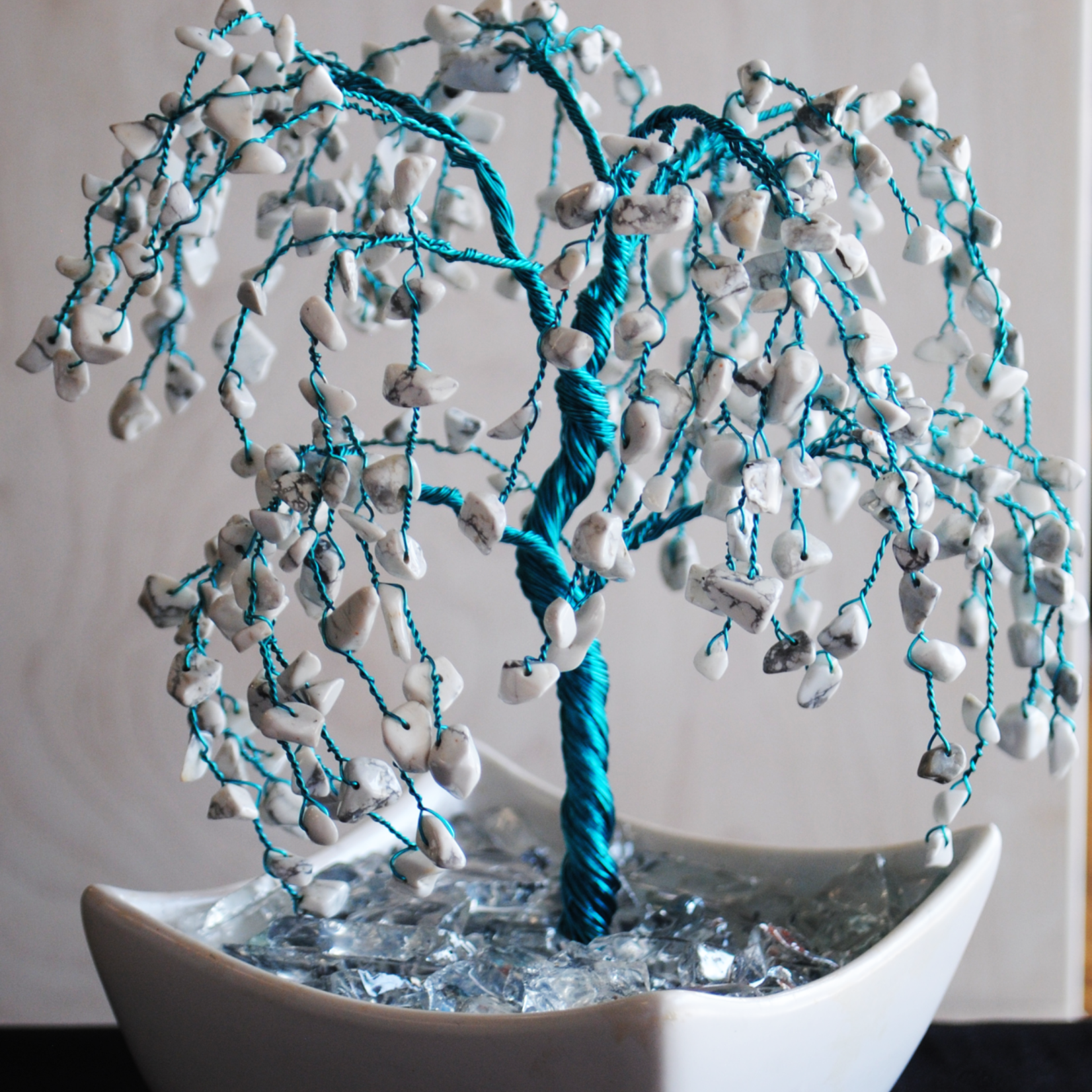 Howlite Weeping Willow Tree (XL)