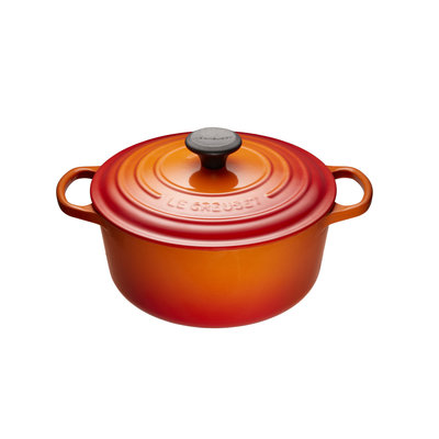 LE CREUSET Signature 4.2 L Round French Oven Flame