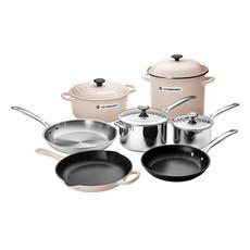 LE CREUSET Unique Ultimate Cookware Set Meringue