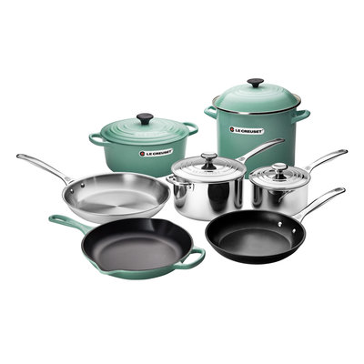 LE CREUSET Unique Ultimate Cookware Set Sage