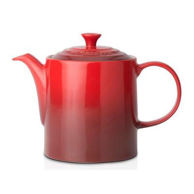 LE CREUSET Classic 1.3 L Grand Teapot Cerise