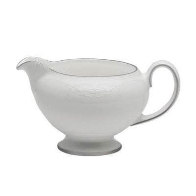 WEDGWOOD English Lace Creamer Leigh