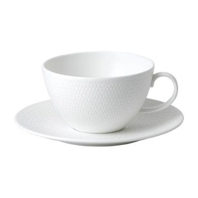 WEDGWOOD Gio Breakfast Cup & Saucer Set