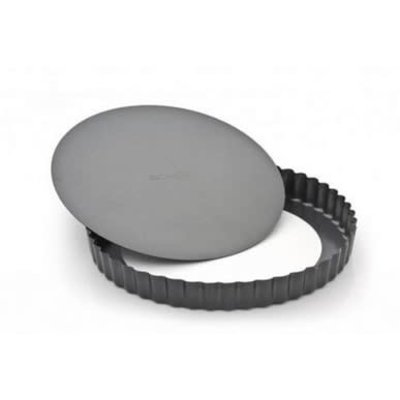 RICARDO Non-Stick Fluted Round Tart Pan With Removable Bottom 9'' - 23 Cm