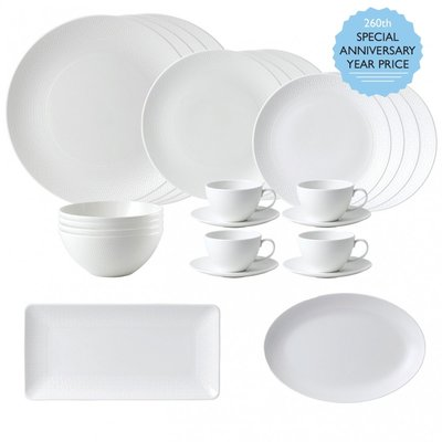 WEDGWOOD Gio 26 Piece Place Setting