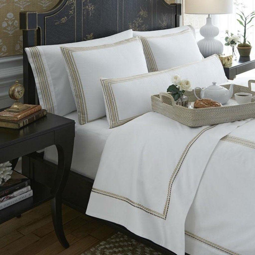 SFERRA Intreccio 9502 Queen Duvet Cover White / Gold 88 X 92''