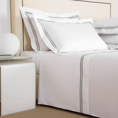 FRETTE Tre Bourdon King Bedset White / Lead 106 X 126''