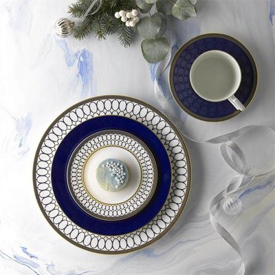 WEDGWOOD Collection de Vaisselle Renaissance Gold
