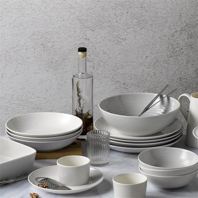 ROYAL DOULTON Maze Dinnerware Collection