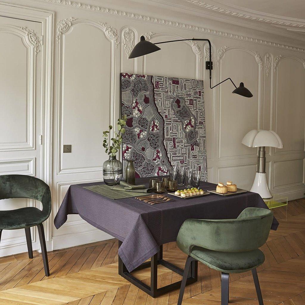 LE JACQUARD FRANCAIS Slow Life Tablecloth 59'' X 102'' Carbon