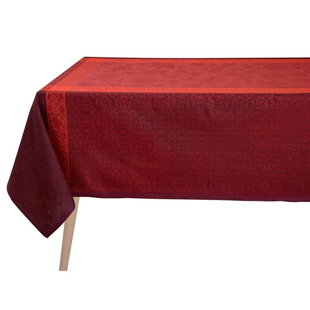 LE JACQUARD FRANCAIS Ottomane Tablecloth Burgundy 69'' X 126''