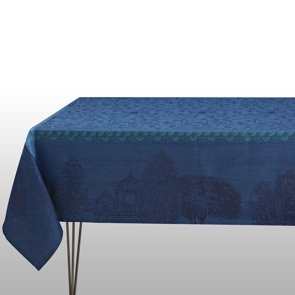LE JACQUARD FRANCAIS Symphonie Baroque Tablecloth 69'' X 98'' Dusk