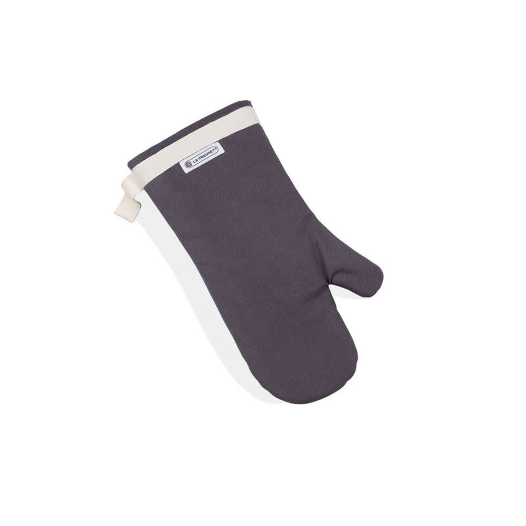 LE CREUSET Text Oven Mitt Oyster