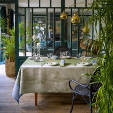 """LE JACQUARD FRANCAIS Croisière Sur Le Nil Tablecloth 69"""" X 126"""" Palm"""