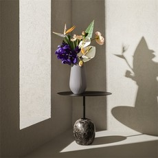 "WEDGWOOD Folia Jasper Tall Vase 11.8"" Mink"