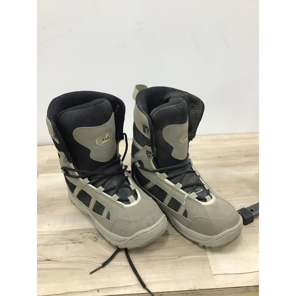 Used Snowboard Boots Lamar size 13 (Old Rental Stock)