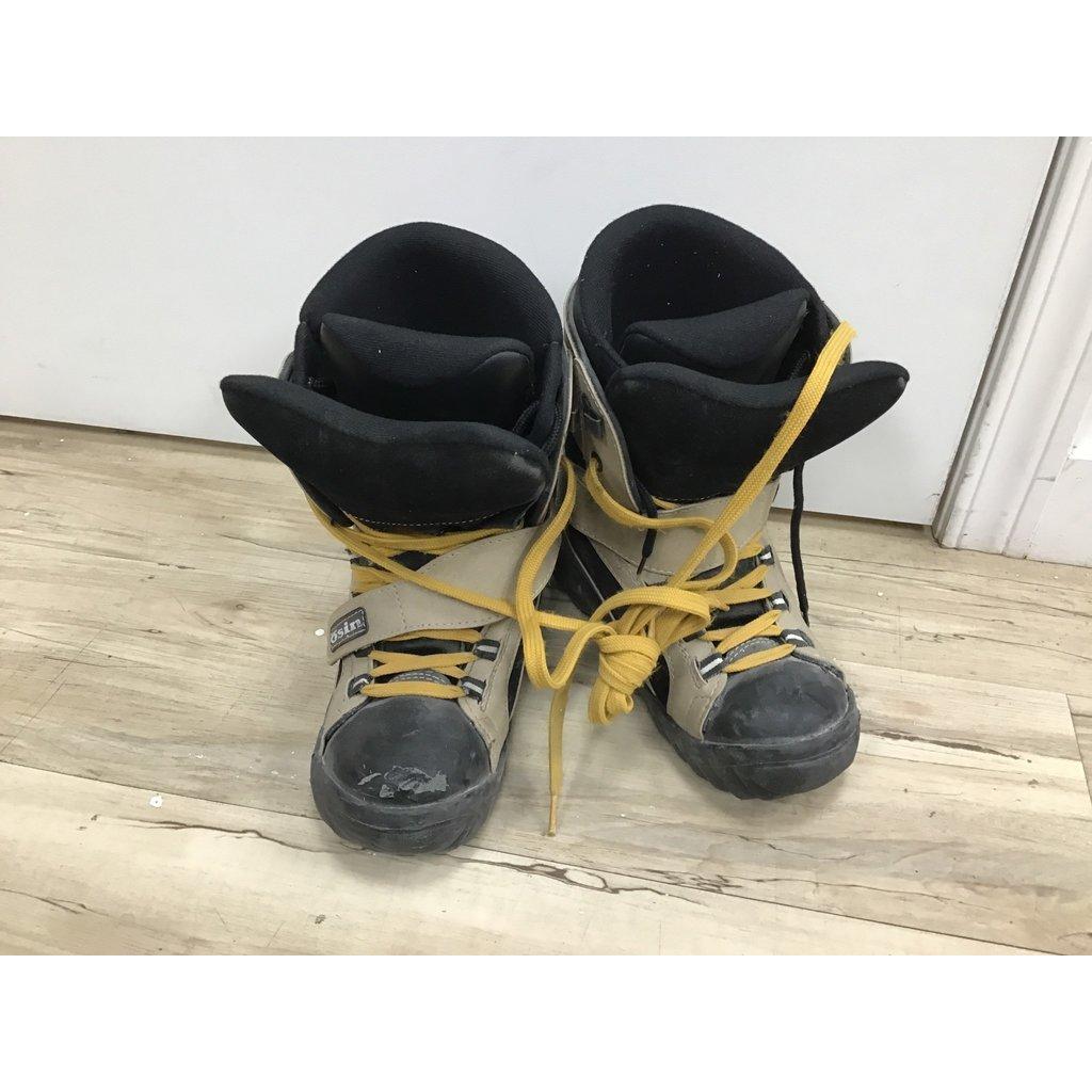Osin Used Snowboard Boots Osin size 5.5 (Old Rental Stock)