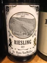 Dr. Hans VonMüller, Riesling Dry