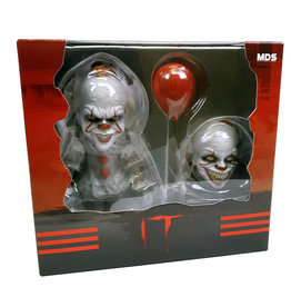 Deluxe It: Pennywise Figure Set