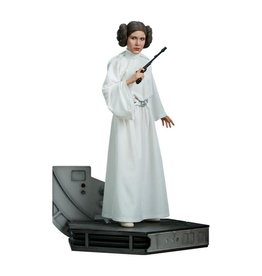 STAR WARS Princess Leia Premium Format Figure by Sideshow Collectibles