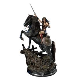 DC COMICS Wonder Woman on Horseback Statue