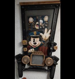 DISNEY Officer Mickey on the Job