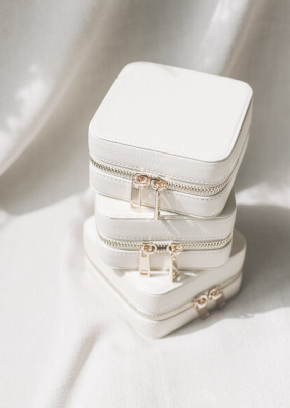 lavender & grace Jewelry Case