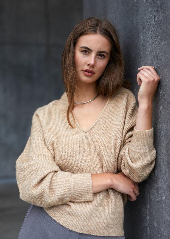Soaked In Luxury Liv V-Neck Pullover, Incense Melange