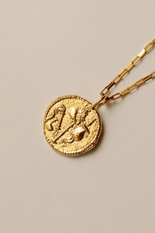 Pamela Card Necklace - Elephant Gallant - 24K Gold Plated