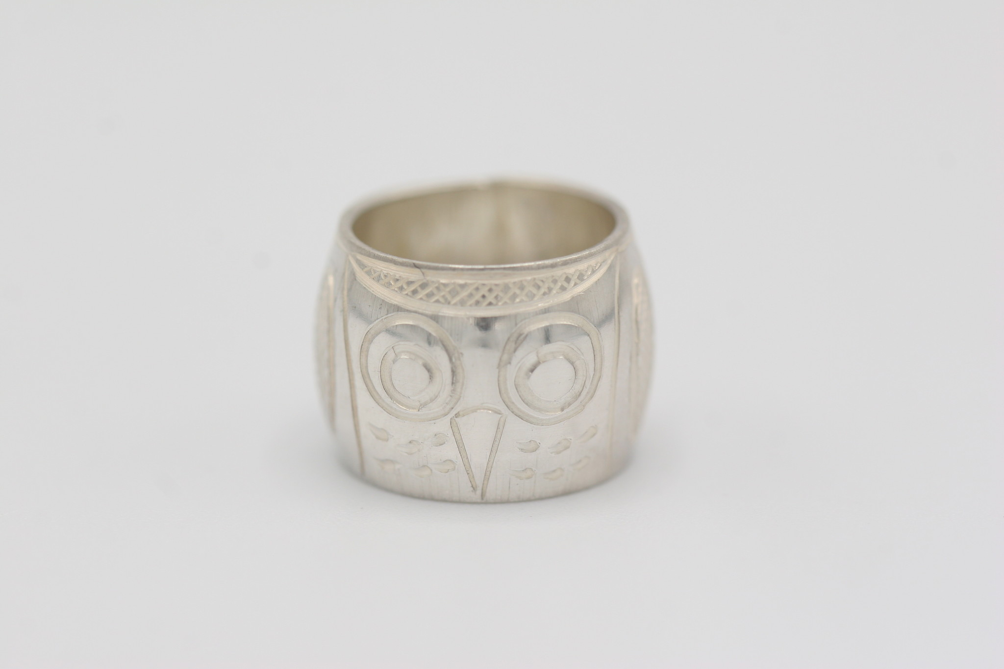 Silver Blue Traders Inc. Travis Henry - Spirit Bead S/S - Owl