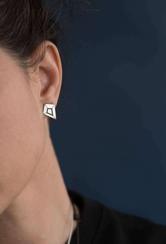 VEDRO Creative Earrings - Soul Prism