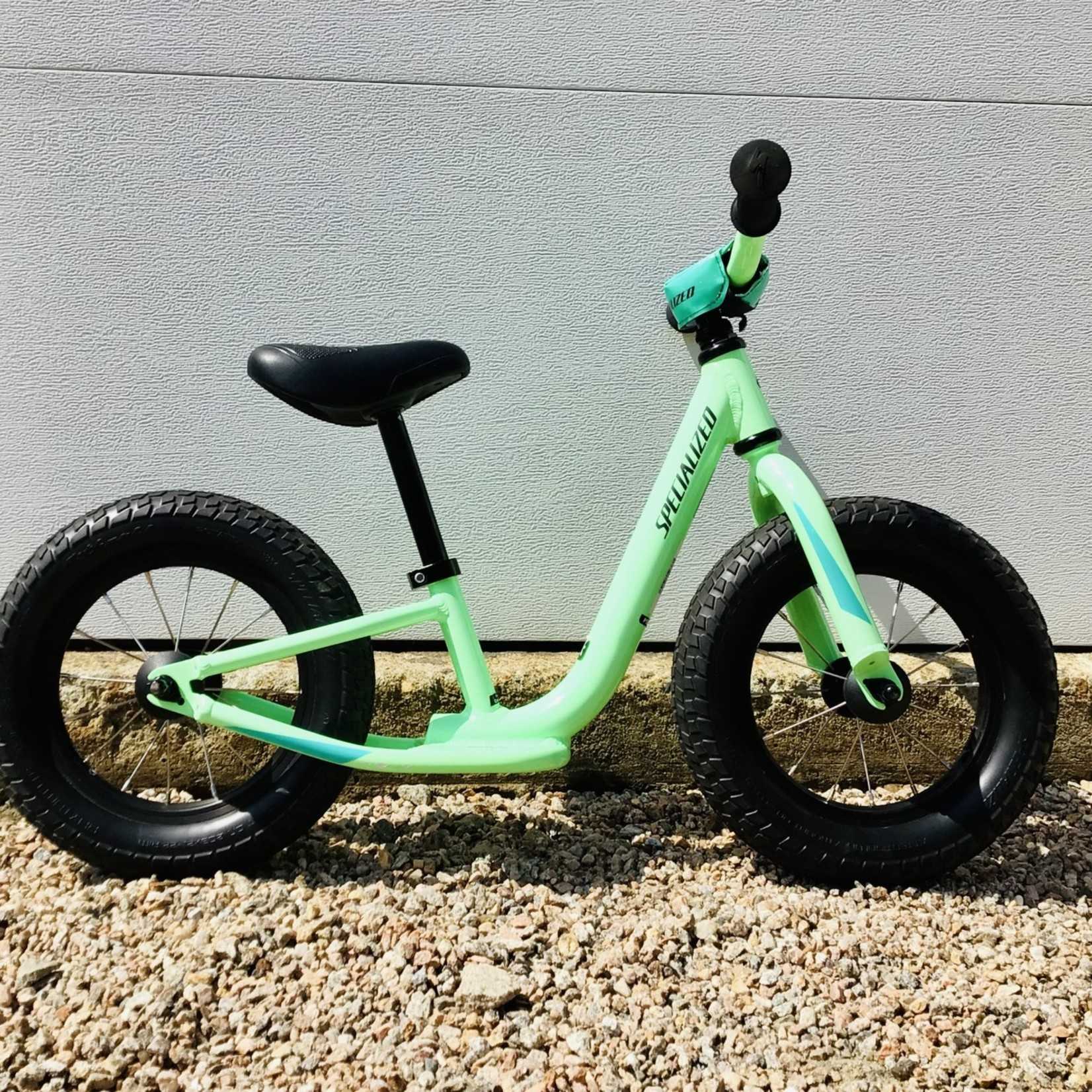 """Specialized Specialized Hotwalk 12"""" Lime Green USED"""
