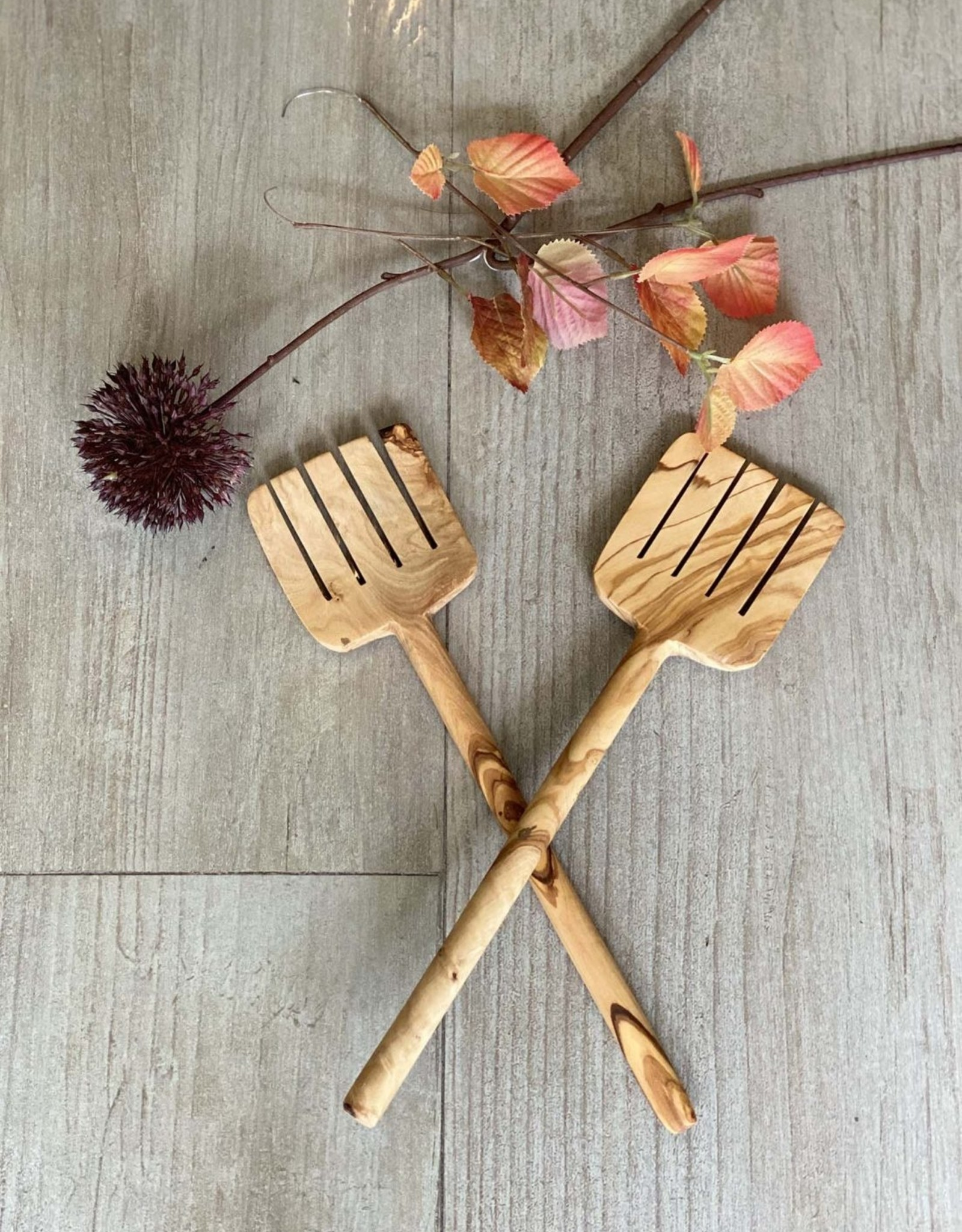 Scents and Feel Olive Wood Serving Set