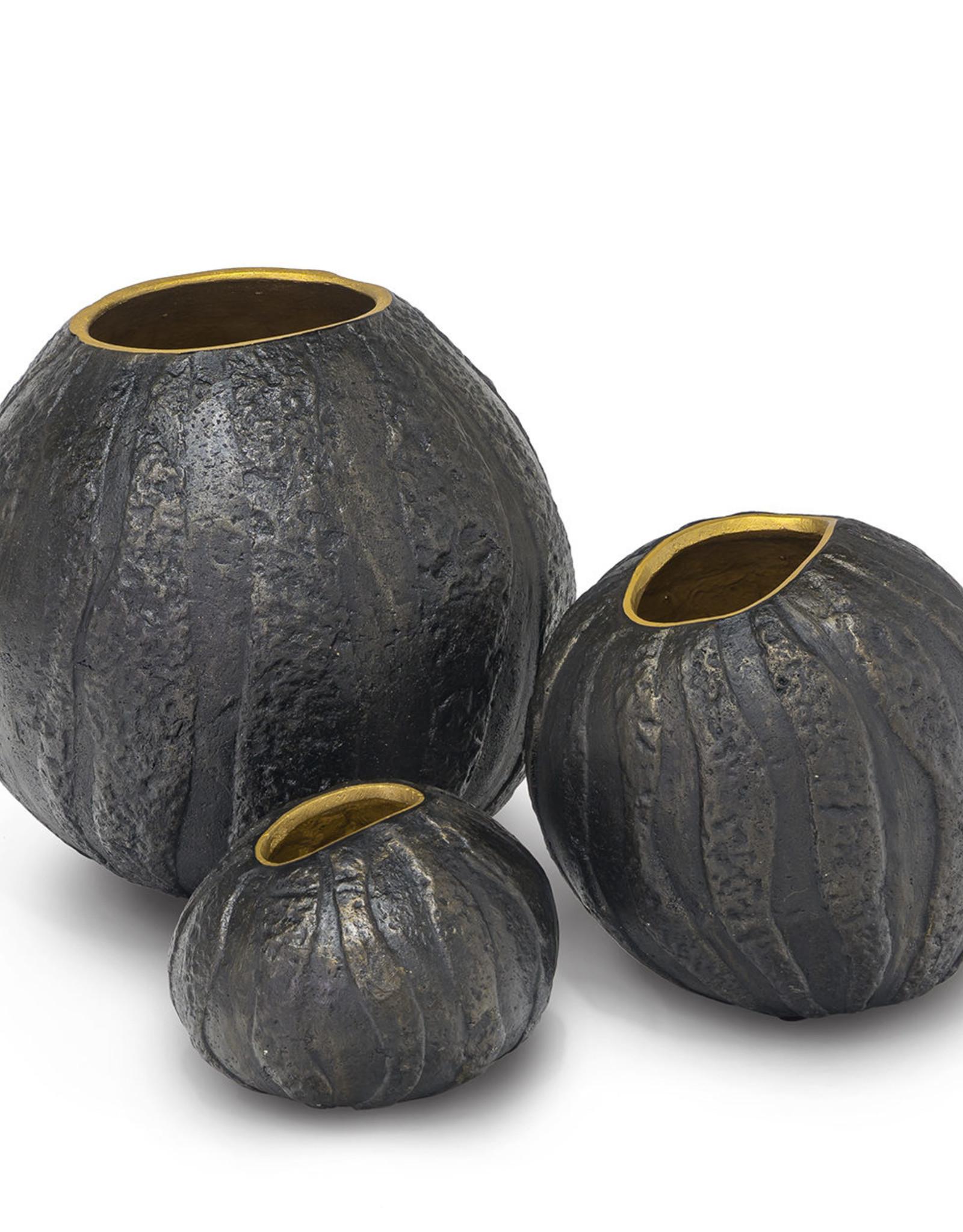 Palecek Batu Urn