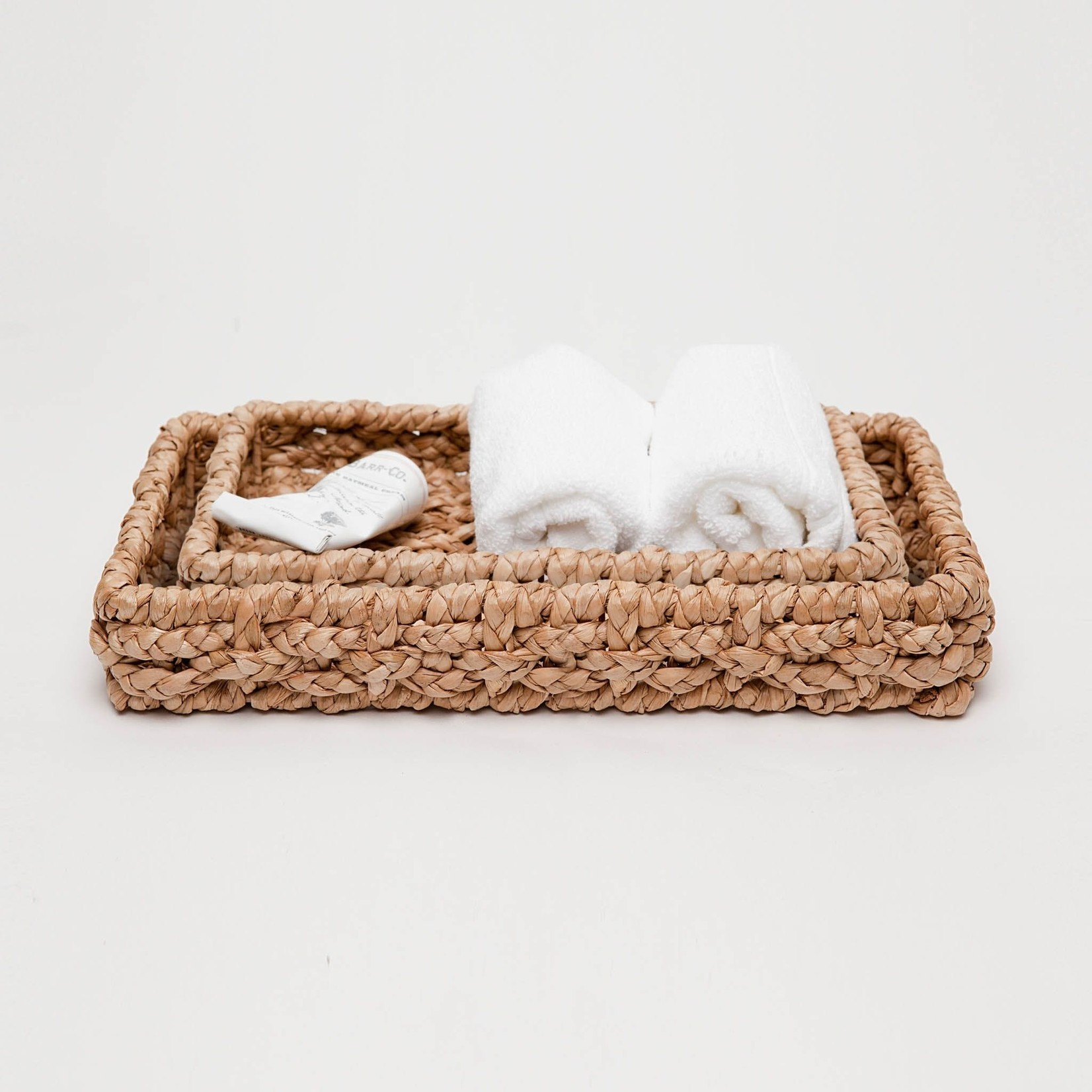 Pigeon and Poodle Destin Braided Seagrass Bathroom Set